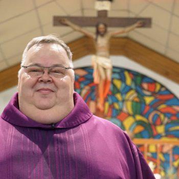 Mons. Roberto Sipols